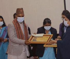 जुम्लाका कान्तिपुरकर्मी एलपी देवकाेटा यूवा पत्रकारिता पुरस्कारबाट पुरस्कृत